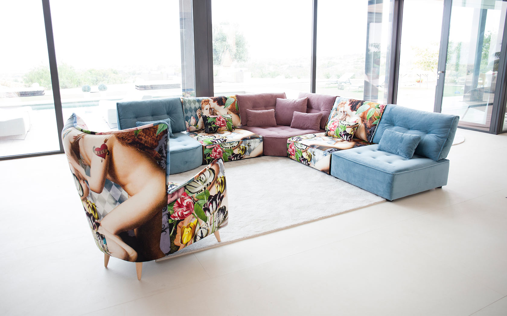 100 Fantastique Concepts Fama Arianne Love Sofa