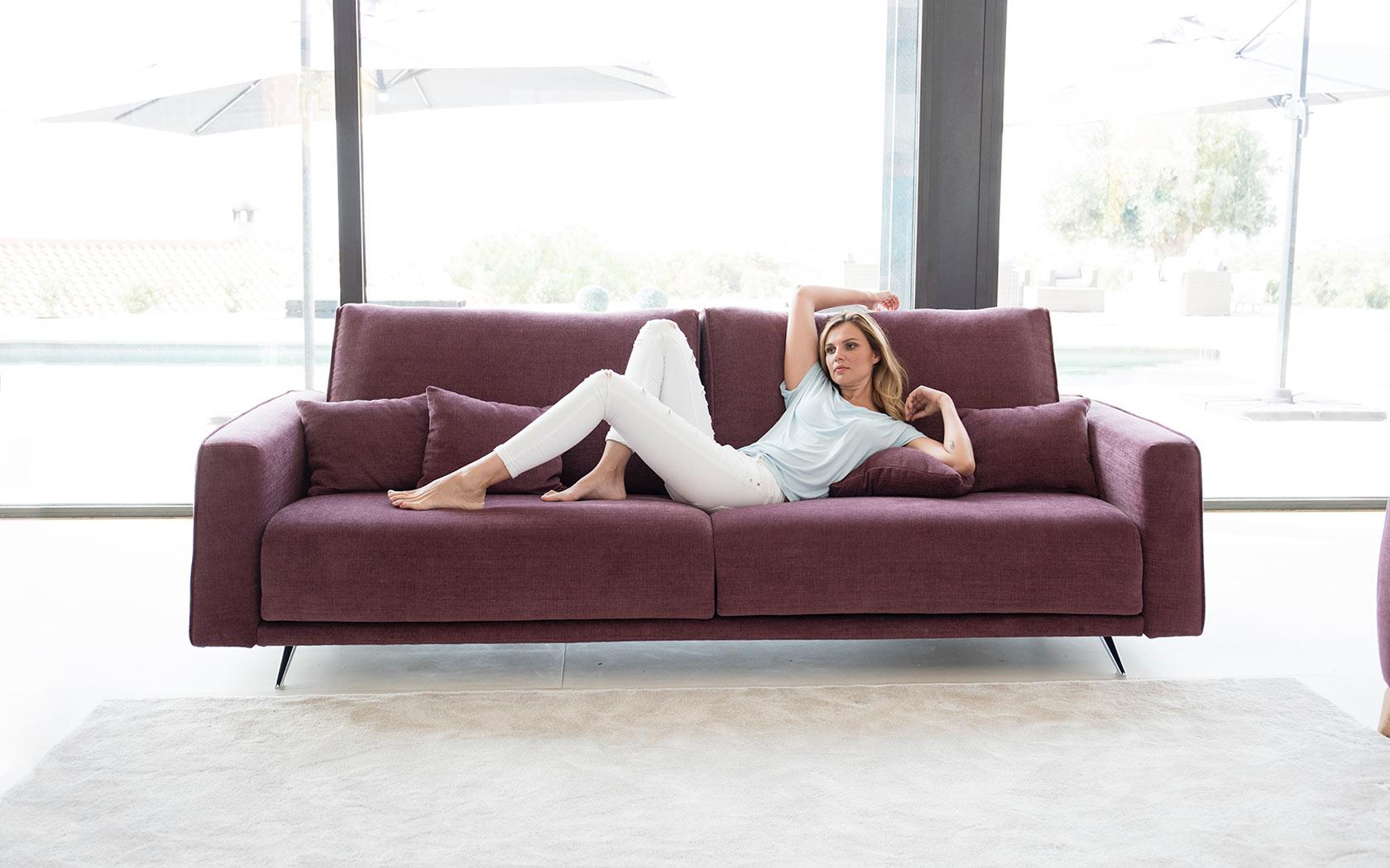 Boston sofa Fama 2019 01