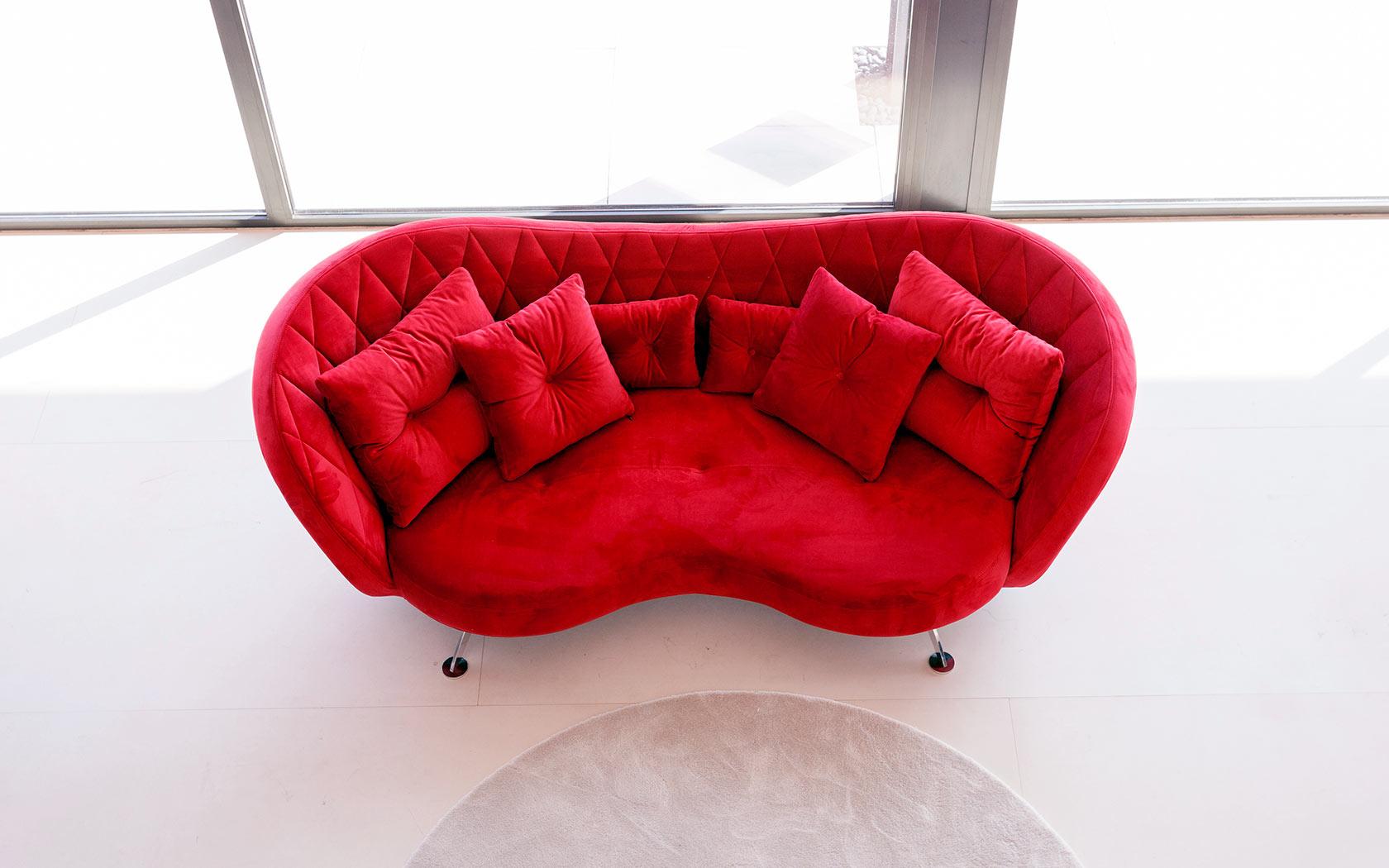 Josephine sofa Fama 2020 04