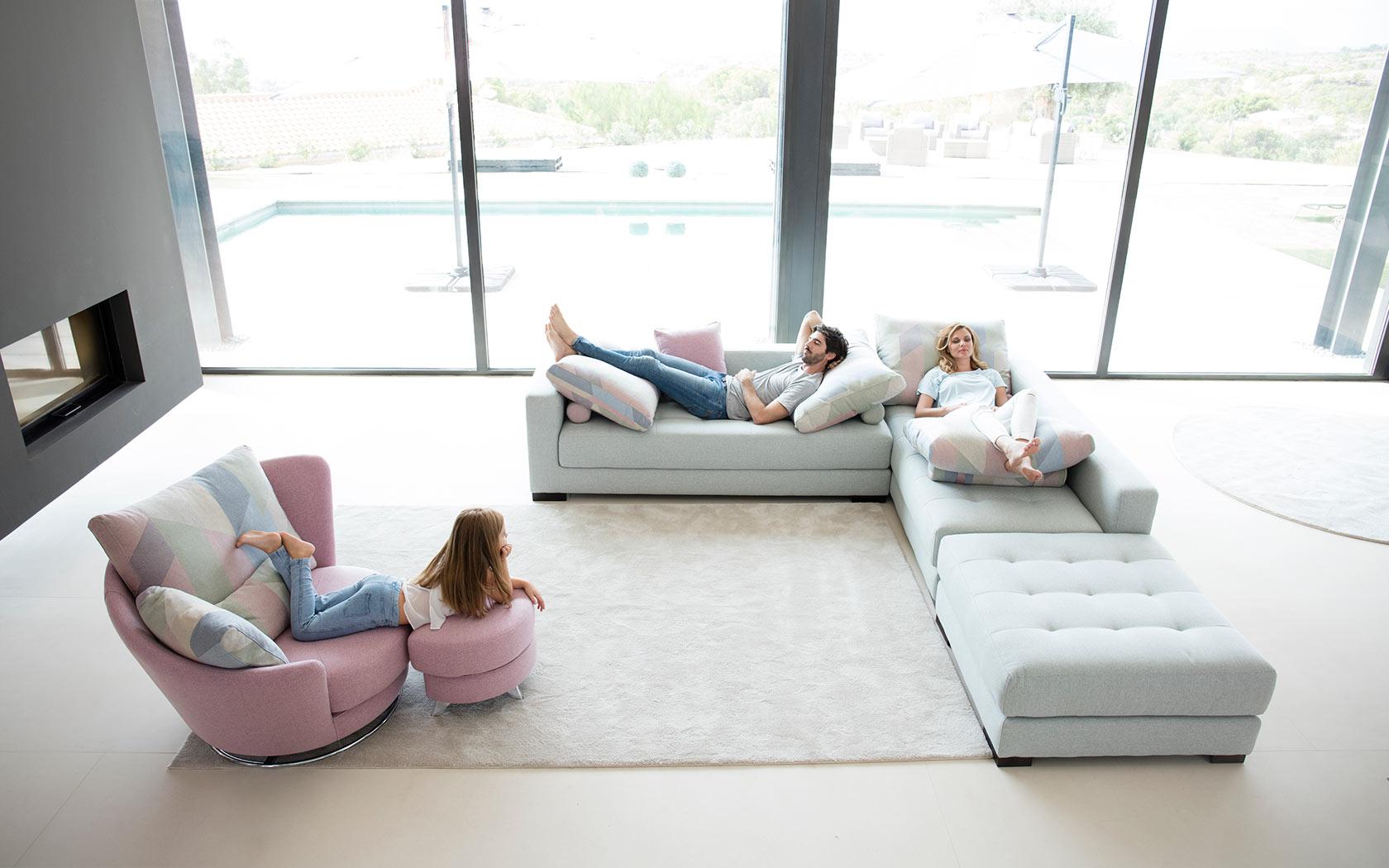 Manacor sofa Fama 2019 01