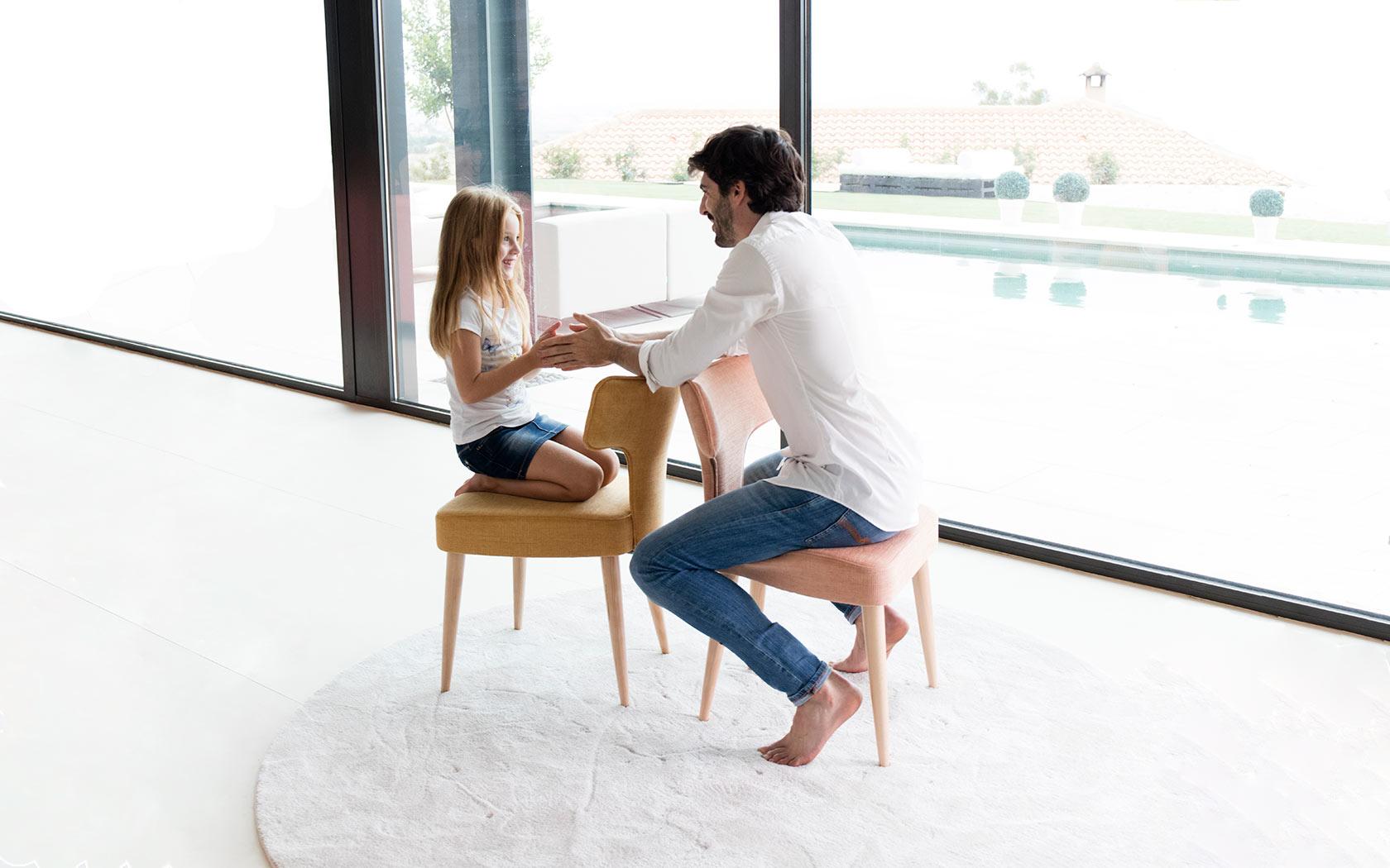 Mili y Lalo sillas Fama 2018 02