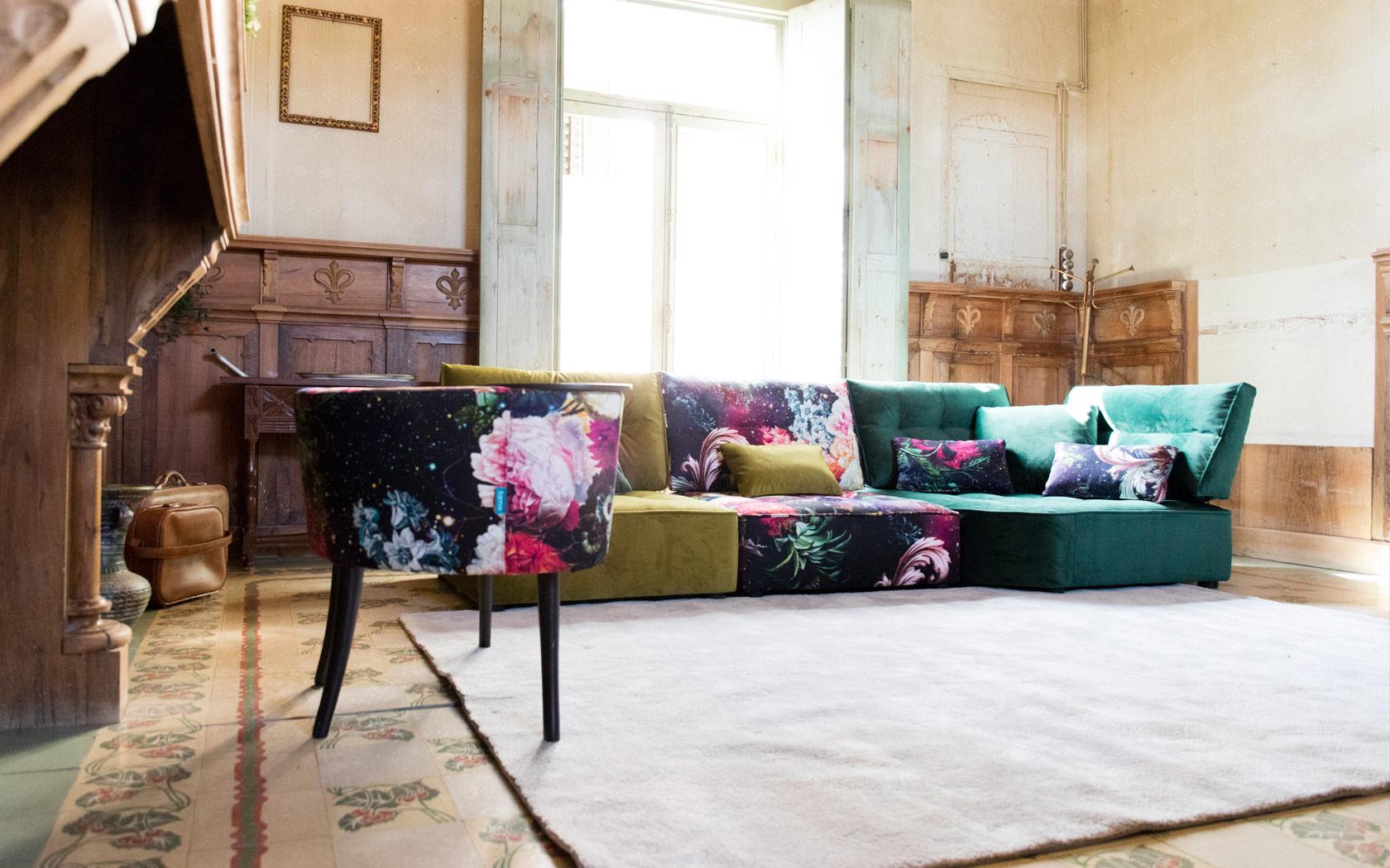 Arianne Love sofa Fama LaLigne29 03