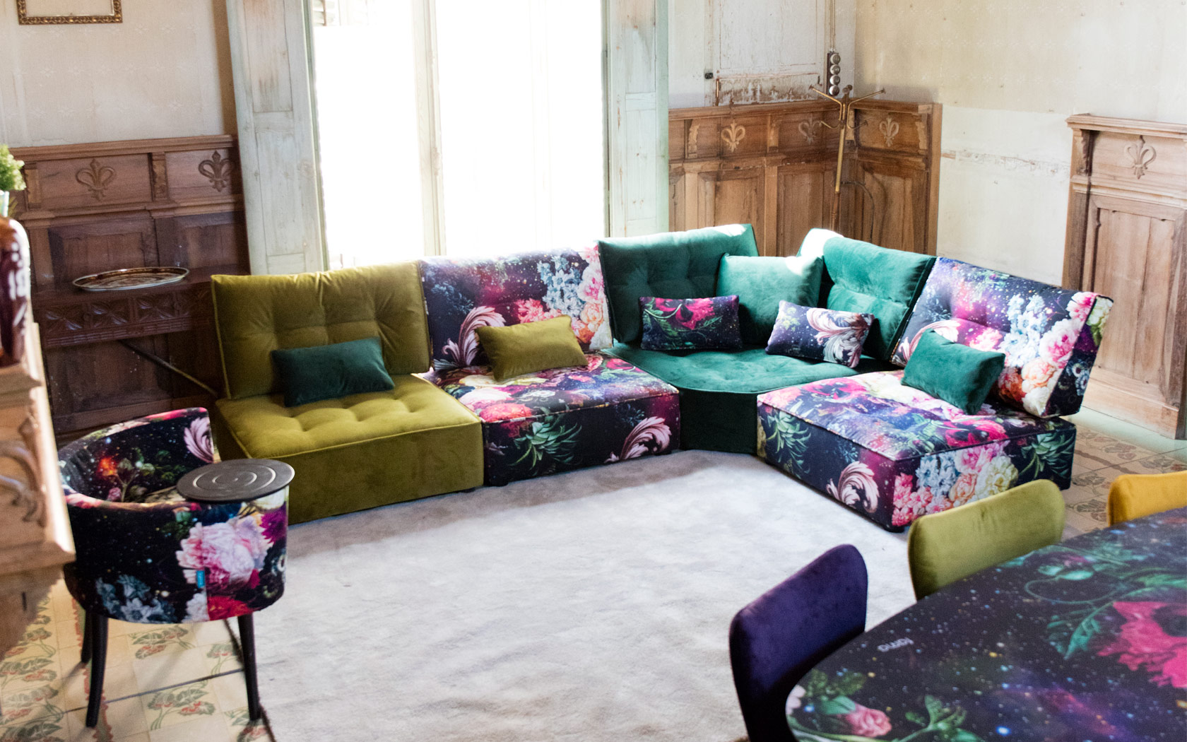 Arianne Love sofa Fama LaLigne29 04