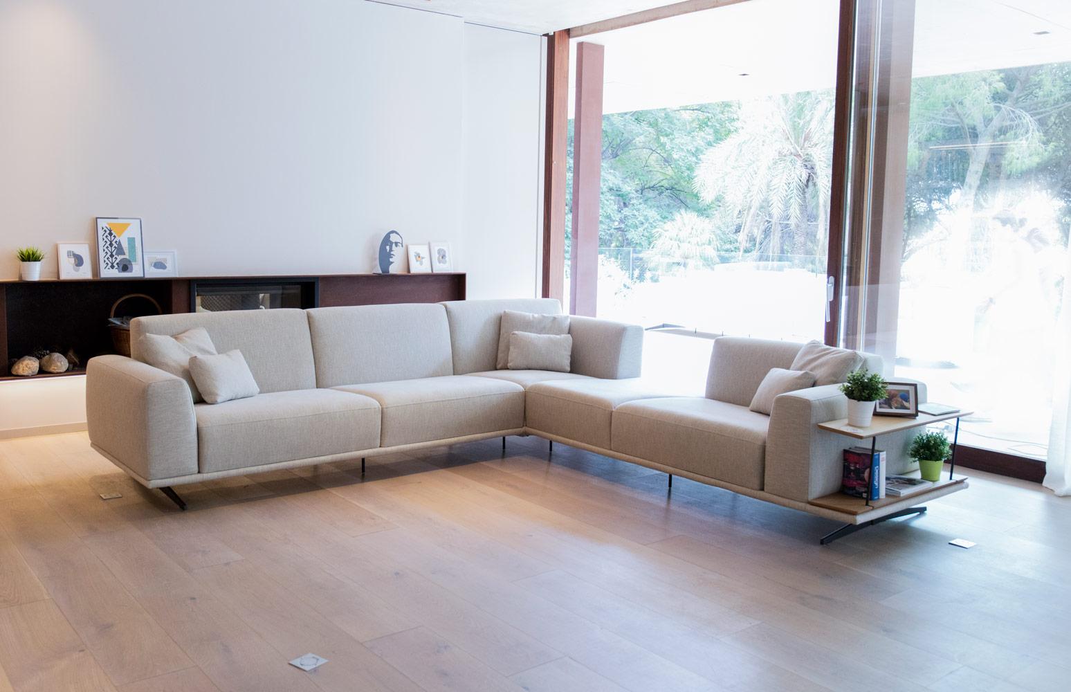Tonalidades marron y beige sofas y sillones Fama 17