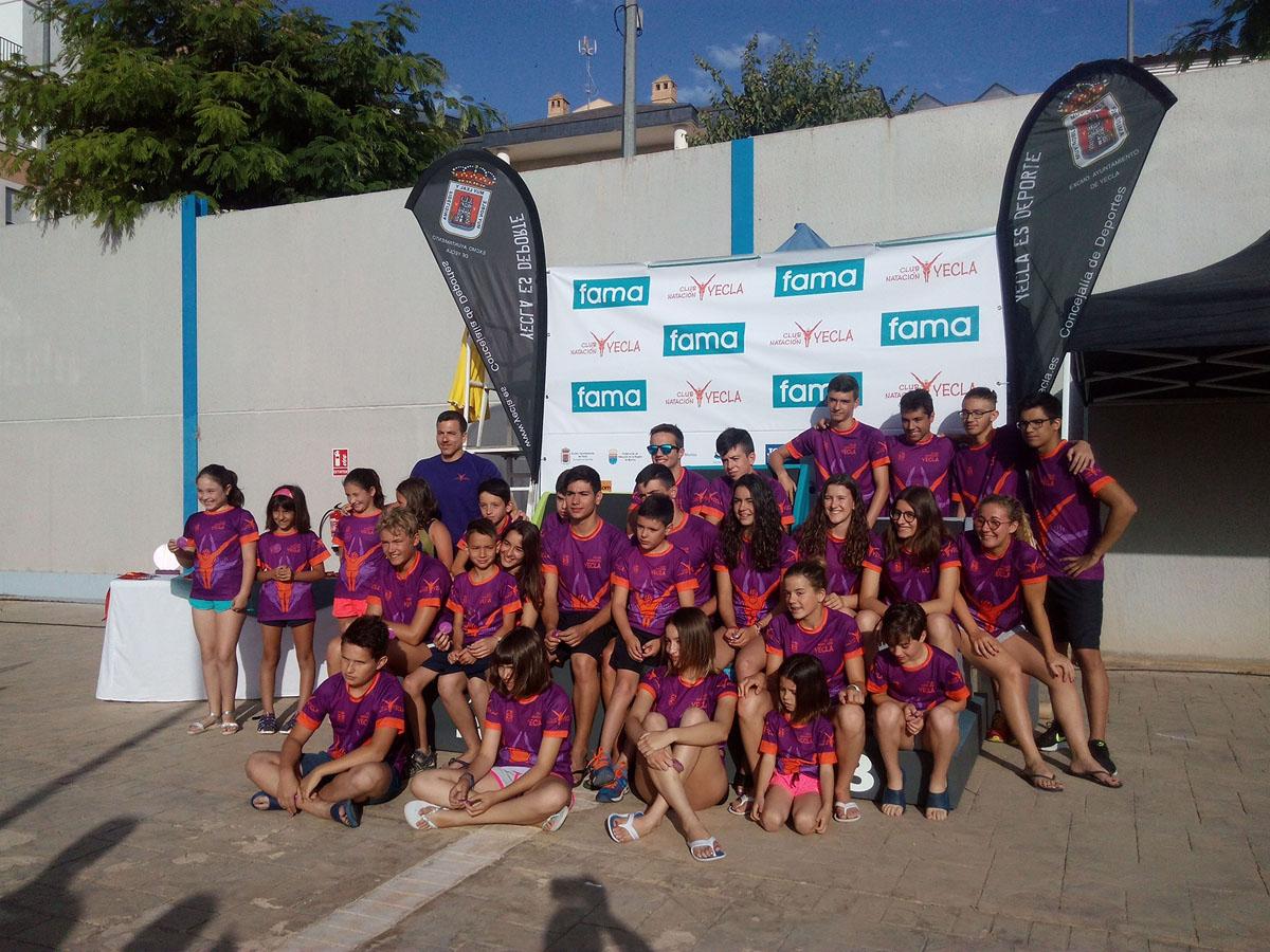 """First trophy """"Club de Natación Yecla / Fama Sofás""""."""