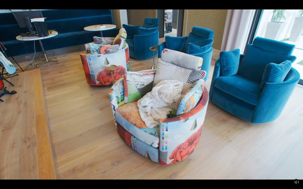 Moon chair at Serena Williams' house.