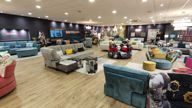 BESANCON AND GEX: Two new Famaliving Stores openings.