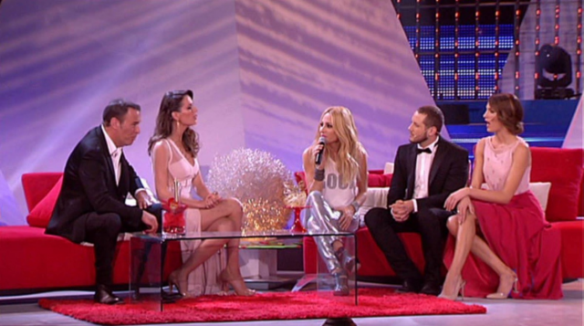 Fama Sofas on New Year's Eve and Twelfth Night galas on television.